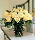 Diyarbakır yurtiçi ve yurtdışı çiçek siparişi  11 adet sari gül mika yada cam vazo tanzim