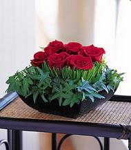 Diyarbakır yurtiçi ve yurtdışı çiçek siparişi  10 adet kare mika yada cam vazoda gül tanzim