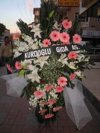 kazablanka,gerbera,sebboy ferforje  Diyarbakır güvenli kaliteli hızlı çiçek