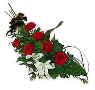7 adet gül ve kazablanka   Diyarbakır çiçek mağazası , çiçekçi adresleri