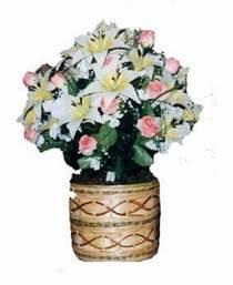 yapay karisik çiçek sepeti   Diyarbakır çiçek siparişi sitesi