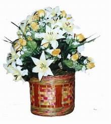 yapay karisik çiçek sepeti   Diyarbakır çiçekçi telefonları