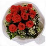 10 adet kirmizi gül buketi   Diyarbakır hediye sevgilime hediye çiçek