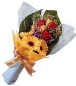 güller ve gerbera çiçekleri   Diyarbakır uluslararası çiçek gönderme