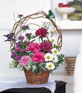 Diyarbakır çiçekçi telefonları  sepet içerisinde karanfil gerbera ve kir çiçekleri