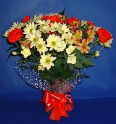 Diyarbakır kaliteli taze ve ucuz çiçekler  kir çiçekleri buketi mevsim demeti halinde