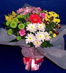 Diyarbakır kaliteli taze ve ucuz çiçekler  küçük karisik mevsim demeti