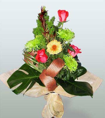 Diyarbakır çiçek mağazası , çiçekçi adresleri  3 adet gül 4 adet gerbera çiçegi sade buket
