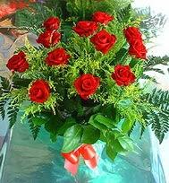 12 adet gül buketi  Diyarbakır ucuz çiçek gönder