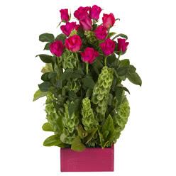 12 adet kirmizi gül aranjmani  Diyarbakır internetten çiçek satışı