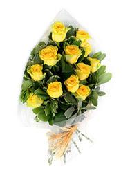 Diyarbakır internetten çiçek siparişi  12 li sari gül buketi.
