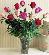 Diyarbakır internetten çiçek satışı  12 adet karisik renkte gül cam yada mika vazoda