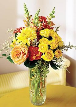 Diyarbakır çiçek , çiçekçi , çiçekçilik  mika yada cam içerisinde karisik mevsim çiçekleri