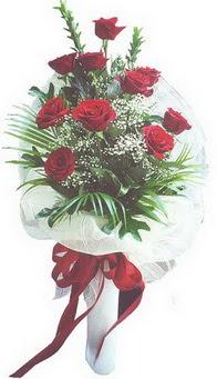 Diyarbakır kaliteli taze ve ucuz çiçekler  10 adet kirmizi gülden buket tanzimi özel anlara