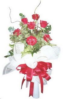 Diyarbakır yurtiçi ve yurtdışı çiçek siparişi  7 adet kirmizi gül buketi