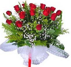 Diyarbakır çiçek online çiçek siparişi  12 adet kirmizi gül buketi esssiz görsellik