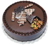 Çikolatali yas pasta 4 ile 6 kisilik  leziz  Diyarbakır internetten çiçek satışı