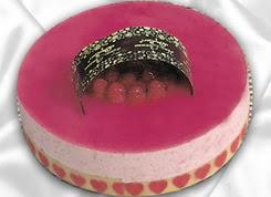 pasta siparisi 4 ile 6 kisilik yas pasta framboaz yaspasta  Diyarbakır internetten çiçek siparişi