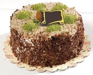 pasta gönderme 4 ile 6 kisilik çikolatali yas pasta  Diyarbakır çiçek online çiçek siparişi