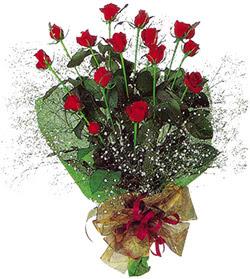 11 adet kirmizi gül buketi özel hediyelik  Diyarbakır güvenli kaliteli hızlı çiçek
