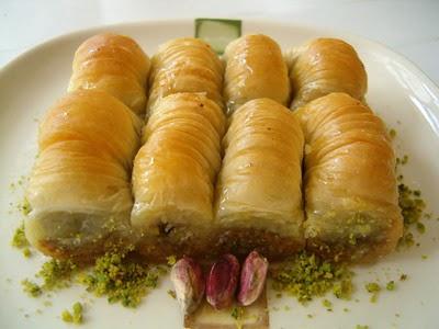 tatli gönder Essiz lezzette 1 kilo Fistikli Sari Burma  Diyarbakır çiçekçi telefonları