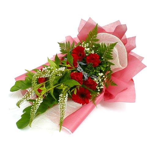 Karisik çiçek buketi mevsim buket  Diyarbakır yurtiçi ve yurtdışı çiçek siparişi