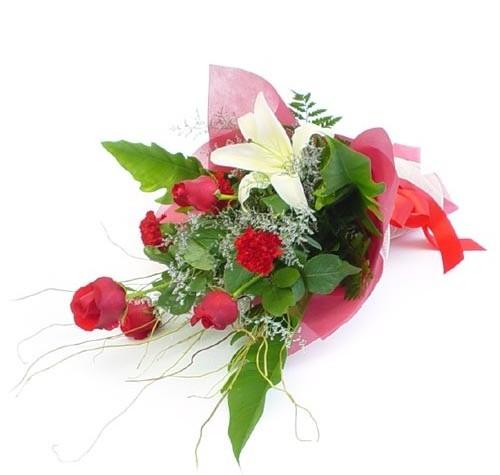 Mevsim çiçeklerinden karisik buket  Diyarbakır çiçek gönderme