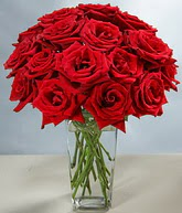 Diyarbakır güvenli kaliteli hızlı çiçek  cam vazoda 11 kirmizi gül  Diyarbakır hediye çiçek yolla