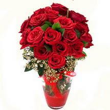 Diyarbakır yurtiçi ve yurtdışı çiçek siparişi   9 adet kirmizi gül