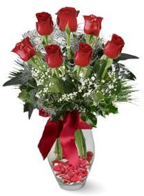 7 adet vazoda gül  Diyarbakır online çiçekçi , çiçek siparişi  kirmizi gül