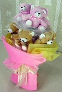 8 adet ayiciktan buket  Diyarbakır çiçek gönderme