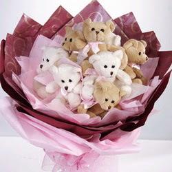 9 adet ayiciktan buket  Diyarbakır İnternetten çiçek siparişi