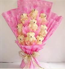 9 adet pelus ayicik buketi  Diyarbakır ucuz çiçek gönder