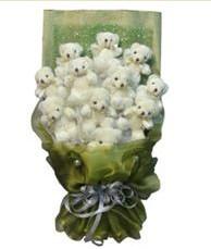 11 adet pelus ayicik buketi  Diyarbakır çiçek yolla