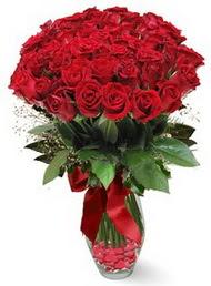 19 adet essiz kalitede kirmizi gül  Diyarbakır çiçek , çiçekçi , çiçekçilik