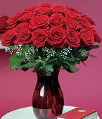 Diyarbakır çiçekçi mağazası  11 adet Vazoda Gül sevenler için ideal seçim