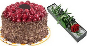 1 adet yas pasta ve 1 adet kutu gül  Diyarbakır çiçek satışı
