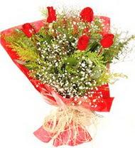 Diyarbakır ucuz çiçek gönder  5 adet kirmizi gül buketi demeti