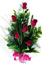Diyarbakır internetten çiçek siparişi  5 adet kirmizi gül buketi hediye ürünü