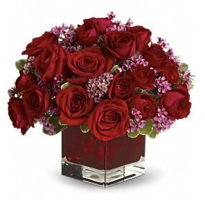 11 adet kırmızı gül vazosu  Diyarbakır çiçek yolla , çiçek gönder , çiçekçi