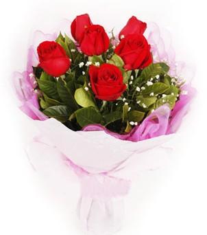 Diyarbakır hediye çiçek yolla  kırmızı 6 adet gülden buket
