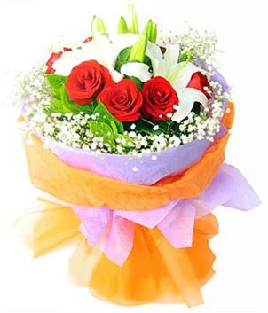 Diyarbakır uluslararası çiçek gönderme  1 dal kazablanka 7 adet kırmızı gül buketi