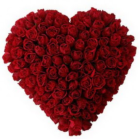 Diyarbakır güvenli kaliteli hızlı çiçek  muhteşem kırmızı güllerden kalp çiçeği