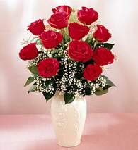 Diyarbakır güvenli kaliteli hızlı çiçek  9 adet vazoda özel tanzim kirmizi gül