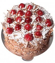 6 ile 9 kişilik Çikolatalı Frambuazlı yaş pasta