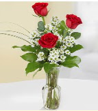 Vazo içerisinde 3 adet kırmızı gül  Diyarbakır çiçek online çiçek siparişi