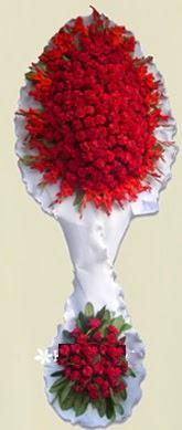 Çift katlı kıpkırmızı düğün açılış çiçeği  Diyarbakır ucuz çiçek gönder