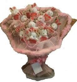 12 adet tavşan buketi  Diyarbakır internetten çiçek satışı