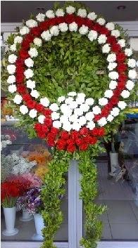 Cenaze çelenk çiçeği modeli  Diyarbakır ucuz çiçek gönder