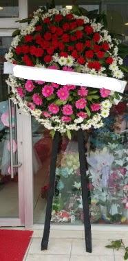 Cenaze çiçek modeli  Diyarbakır İnternetten çiçek siparişi
